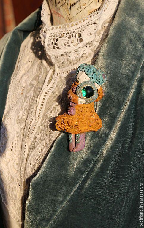 """Броши ручной работы. Ярмарка Мастеров - ручная работа. Купить брошь """" Девочка с лунным шаром"""". Handmade. Желтый, винтаж"""