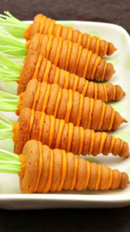 Stacked Carrot Cookie ~ Here's a tasty treat for your Easter table ...