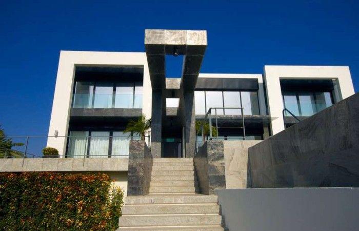 New Contemporary Villa in Benahavis