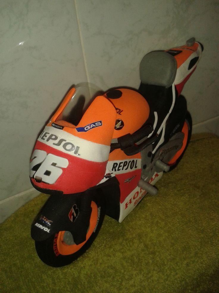 Moto Dani Pedrosa en goma eva 2