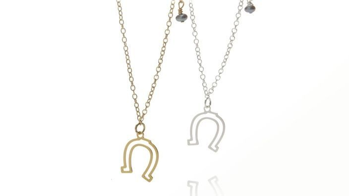 Kris Nations Horseshoe Charm Bracelet: National Horseshoes, Charm Bracelets, Charms Necklaces, Jewelry Accessories, Charms Bracelets, Kris National, Gypsy Wagon, Horseshoes Charms, Charm Necklaces