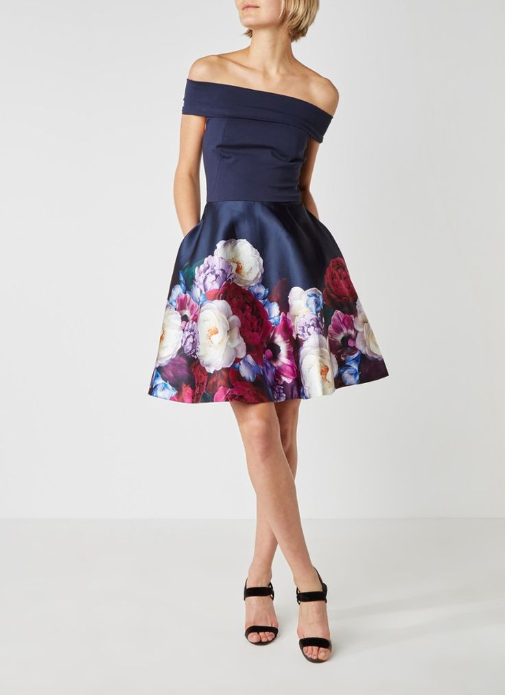 Op zoek naar Ted Baker Nersi bardot jurk met bloemenprint ? Ma t/m za voor 22.00 uur besteld, morgen in huis door PostNL.Gratis retourneren.