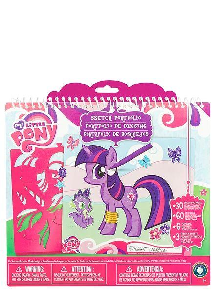My Little Pony -luonnoslehtiö Päästä luovuutesi valloilleen ja piirrä My Little Pony -suosikkisi tähän söpöön luonnoslehtiöön! Sisältää 1 tarra-arkin, 3 sapluuna-arkkia ja paljon sivuja luonnoksille ja piirroksille. 4–12-vuotiaille.