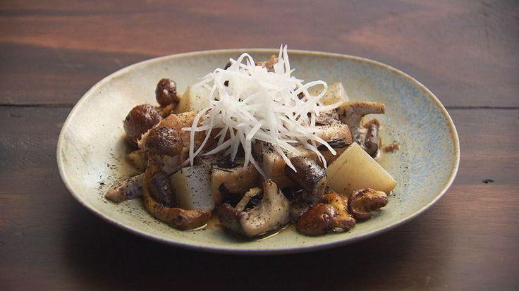 Tea Braised Pork Belly with Mushrooms, Daikon and Bean Curd
