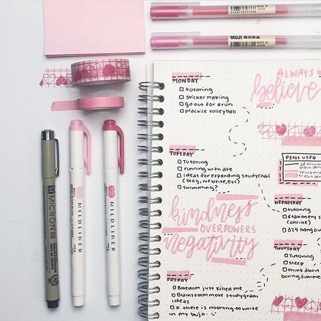 """95 Likes, 3 Comments - Glendows Stationary & Paper (@glendowspens) on Instagram: """"A beautiful spread by @studychaii! Check out our online store for stationary and paper goods to…"""""""