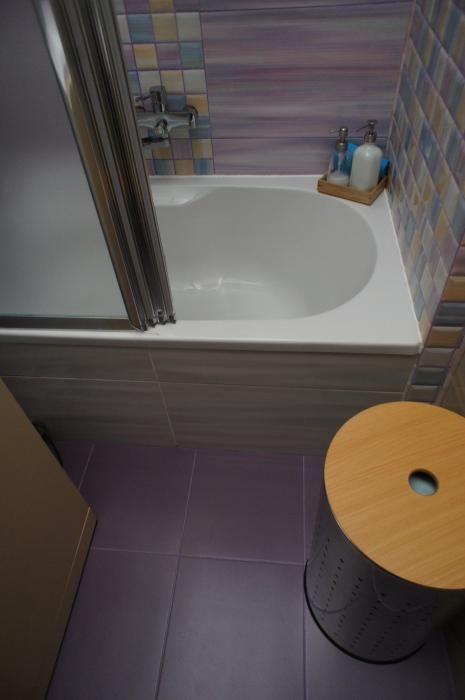 Сиреневая ванная комната, аксессуары для ванной