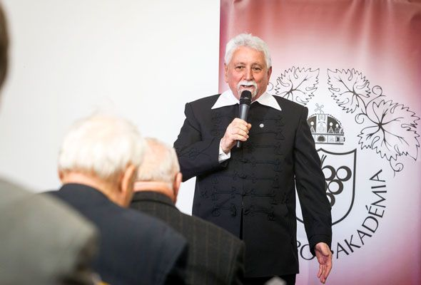 Szöllősi Mihály a 2015-ös Év Bortermelője Magyarországon díj nyertese