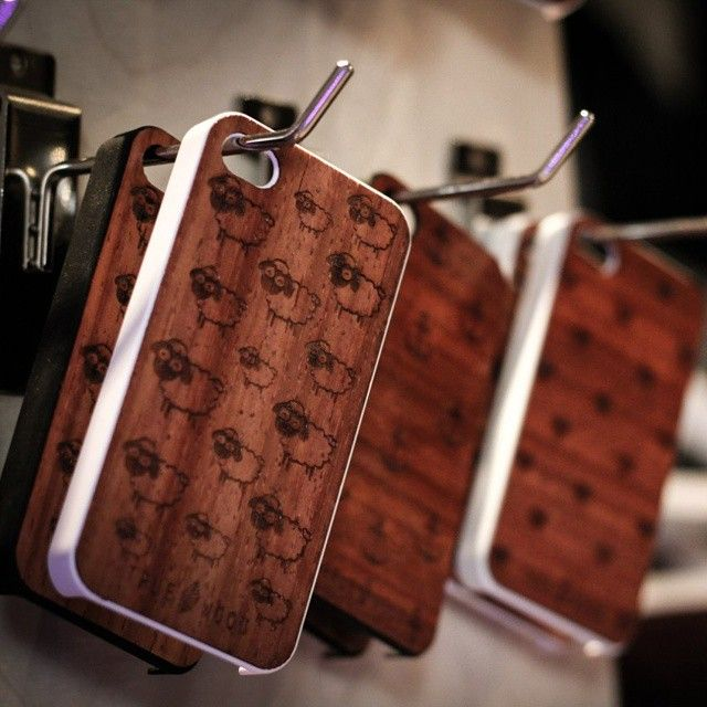 "iPhone 4 thin wooden panel ""Sheeps"" American walnut  #iphone #iphonecase #woodencases #woodenaccessories #cooking #lovecooking #чехолдляiphone Чехол для iPhone 4"
