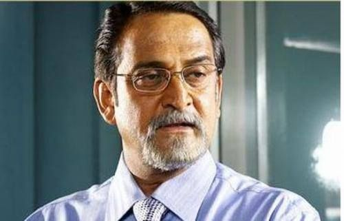 Mahesh Manjrekar Comes Clean On His MNS Links. Filmmaker-actor Mahesh Manjrekar's decision to contest the Lok Sabha elections through the MNS party has surprised everyone except Mahesh himself.  Read full story here: http://skjbollywoodnews.com/2014/04/mahesh-manjrekar-comes-clean-mns-links/4110000.html