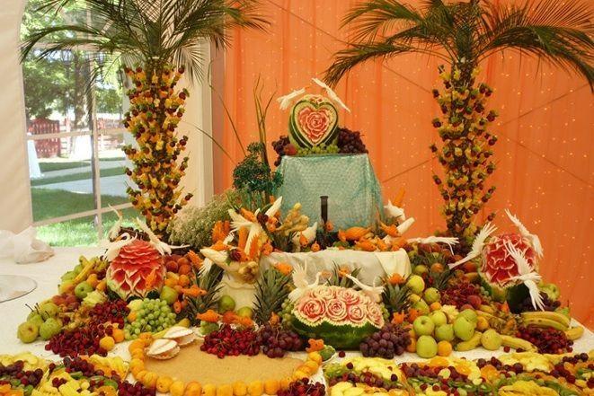 Sculpturi in fructe si legume pentru nunta   - Poza 22 din 51