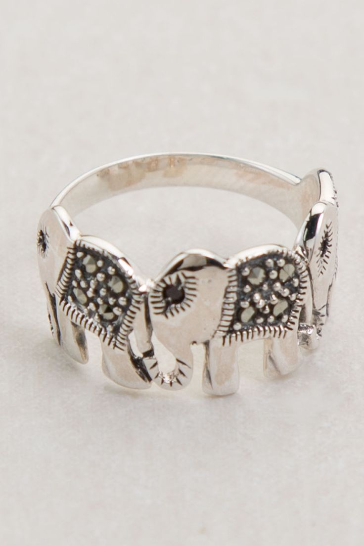 Elephant Ring...... If anybody cares to get me a birthday present, this would be a perfect one.