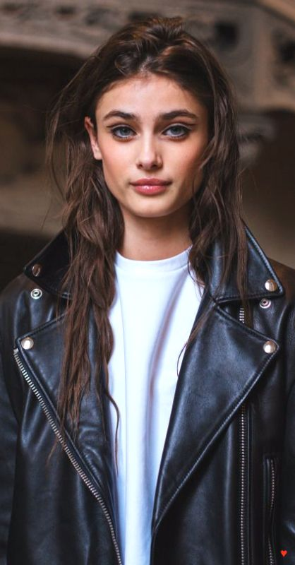 Taylor Marie Hill ♥                                                                                                                                                                                 More