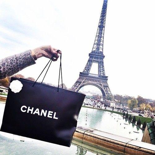 princesse-chanel:  ♥Princesse Chanel♥