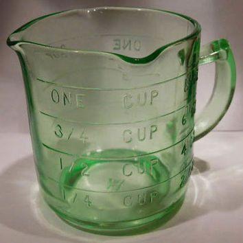 1930s Farmhouse Measuring Cup Green Vaseline Depression Glass Measuring Cup Measure Hazel Atlas Vintage Kitchen Country Cottage Home Decor