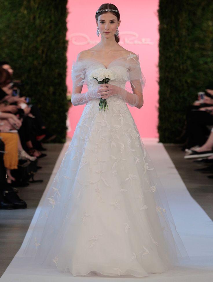 14 best Oscar dresses images on Pinterest | Wedding frocks, Wedding ...
