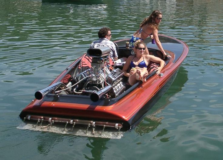 how to drive a ski boat