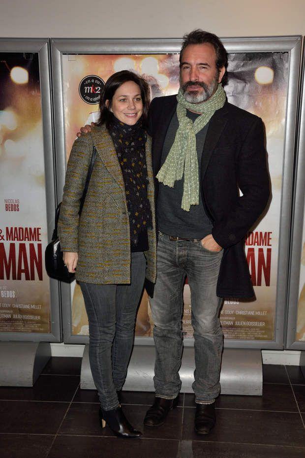 Nathalie Péchalat sa compagne le rejoint.