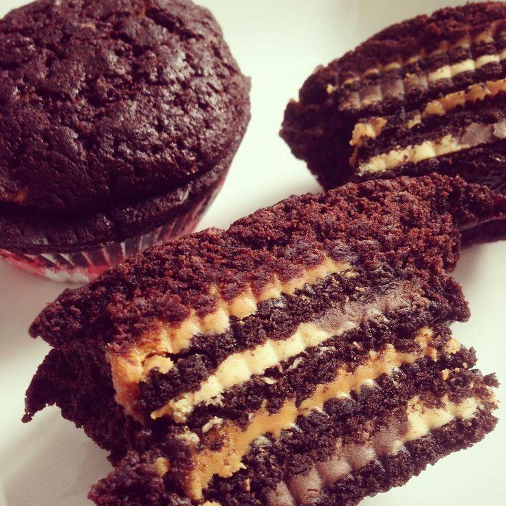 erdnuss oreo brownie muffins vegan muffins pinterest brownies oreo brownies und muffins. Black Bedroom Furniture Sets. Home Design Ideas