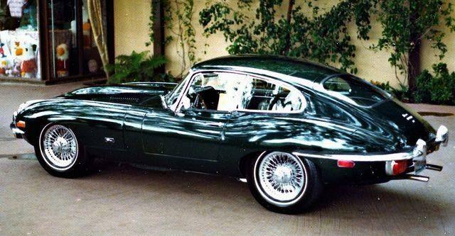 Jaguar E-Type 1969 https://scontent-cdg2-1.xx.fbcdn.net/hphotos-xta1/v/t1.0-9/941078_1014695698594818_4950879711329686971_n.jpg?oh=76ec35e9ad847853cb5c6b9b5b5b8001&oe=570D2BC1