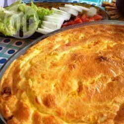 Massa de arroz com 3 recheios! @ allrecipes.com.br - Sabe aquela sobrinha de arroz? Dá para aproveitar e fazer uma torta deliciosa! Aqui vão três recheios para você provar.