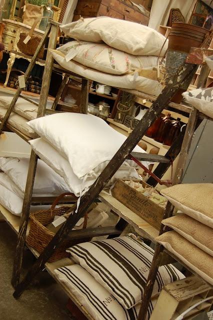 best 164 0 shop displays images on pinterest flower. Black Bedroom Furniture Sets. Home Design Ideas