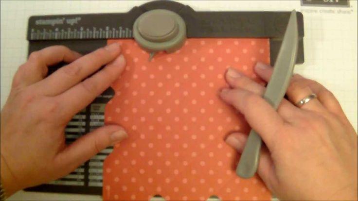 Box mit Herzverschluss envelope punch board: Ausganspapier: 6'' x 6'' Punch + Score: 2'' und 4'' Herz einmal oben, einmal unten einschneiden