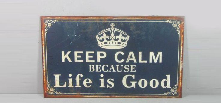 Semn decorativ Keep calm  cu mesaj. Este realizat din metal si are dimensiunea 33 x 0.5 x 56 cm.#sticker