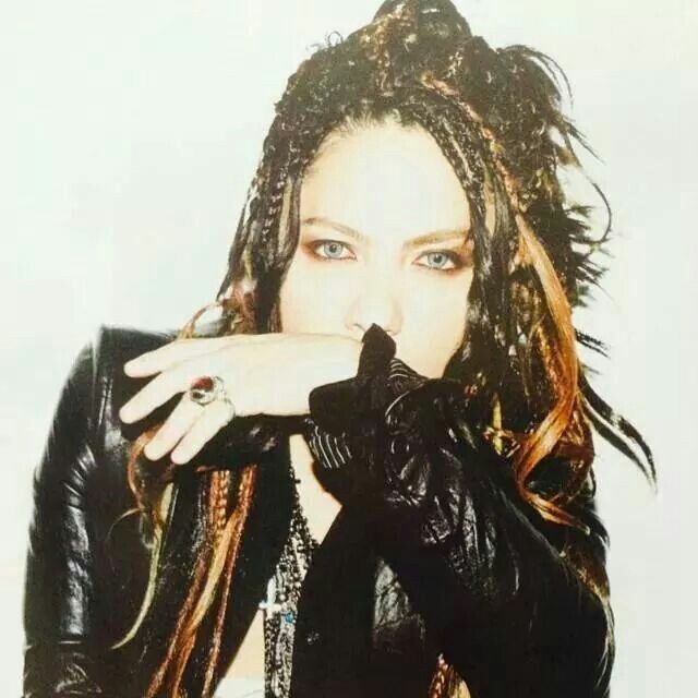 Hyde those eyes!!