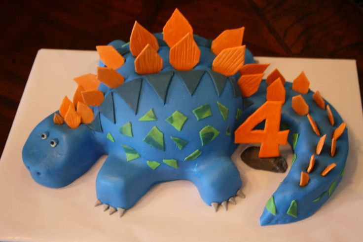 dinosuar birthday cakes for boys | And Everything Sweet: No pressure....
