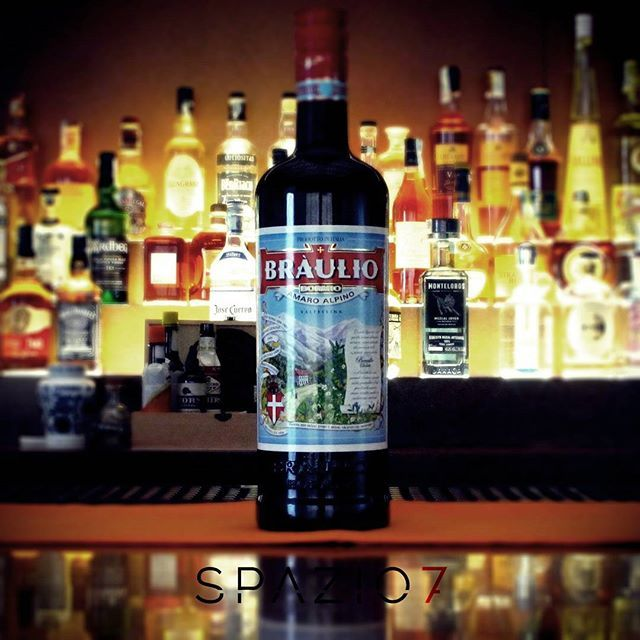 **Bottle in Space7** nuovo arrivo SPAZIO7 ●BRÀULIO Amaro Alpino Nasce nel 1875…