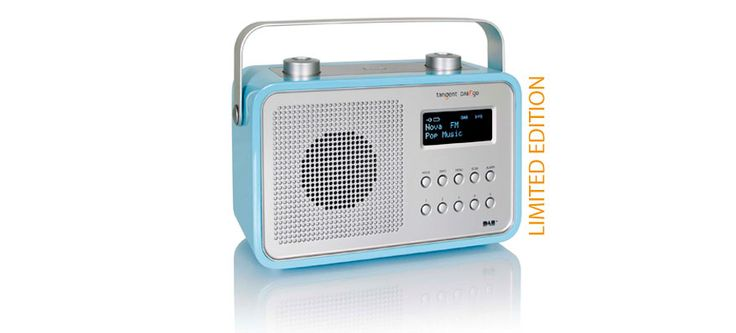 Loving this retro styled table radio from Tangent.