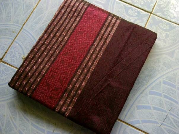 Jual Tenun Baron Pink dan Coklat Harga yang kami berikan sangatlah terjangkau :  HP : 0822-2777-0246 PIN : 749D3643 http://tenunbaronjepara.blogspot.com/
