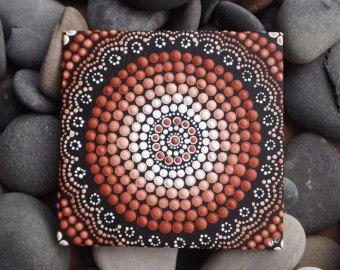 """Tablero, pintura de acrílico, decoración marrón, arte ombre de lona diseño de tierra, pintura del arte aborigen punto, por Biripi Arttist Raechel Saunders, 4 """"x 4"""""""
