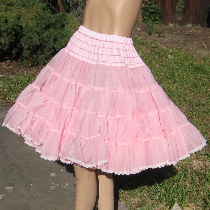 Vintage 50s THINK PINK Moulin Rouge Can Can Dance Hall