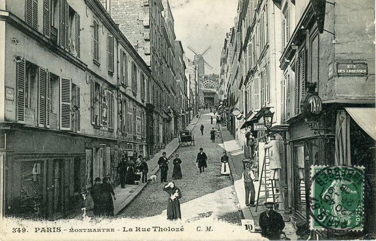 Rue Tholozé - Montmartre - Paris