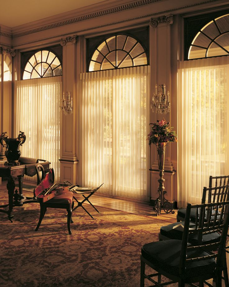 Alustra Luminette: Living Rooms, Offices Design, Bays Window Treatments, Hunter Douglas, Hunters Douglas, Windows, Hunterdougla, Families Rooms, Window Covers