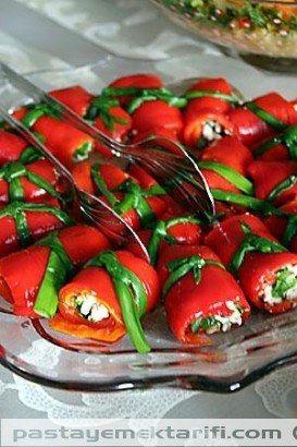Kirmizi Biberli Salata resimli yemek tarifi, Aperatifler, Kahvaltılık, Salatalar tarifleri