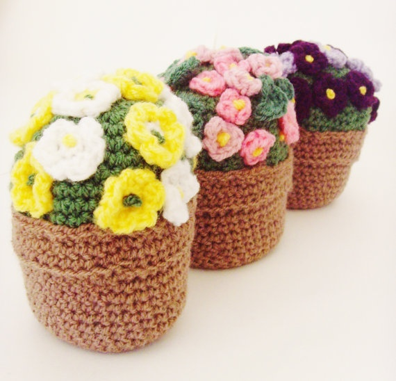 crochet flower pot posy 23 00 via etsy home