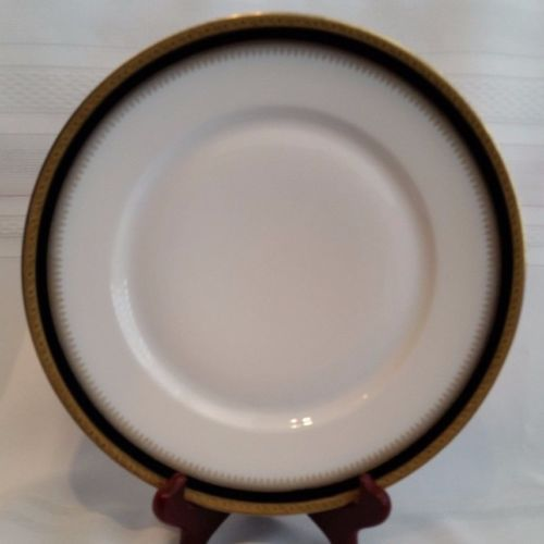 Hutschenreuther-Gelb-Bavaria-10-034-China-Dinner-Plate-White-With-Blue-amp-Gold-Trim