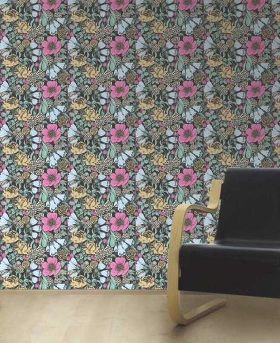 Oodi Floral Wallpaper in Multi – Bolt of Cloth