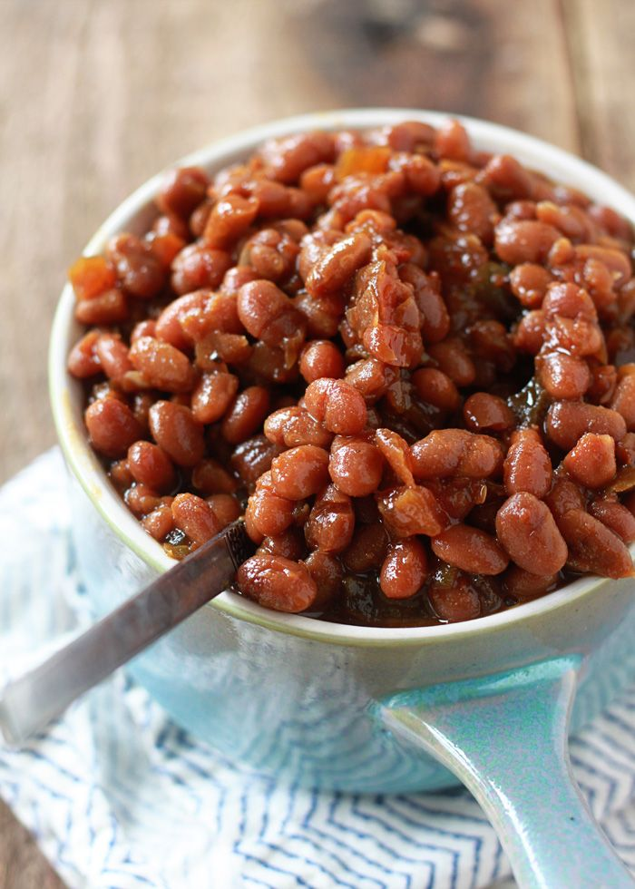 This meatless Boston baked bean slow cooker recipe makes a tender, tasty, barbecue-worthy side that the vegetarians and the vegans at the party can enjoy.