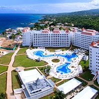 Apple Vacation to Luxury Bahia Principe Runaway Bay