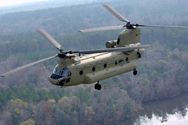 "New Delhi, the Indian Ministry of Defence (MoD) has authorized the acquisition of 22 Boeing AH-64 helicopters E ""Apache""   helicopters and 15 Boeing   CH-47F ""Chinook"" in the amount of   2.5 billion US dollars. The signing of the contracts will be in a few days, during the visit of US Secretary of Defense Ashton Carter in New Delhi.   Tense negotiations:   It should be noted that negotiations for these two types of devices have been simplified, many delays have punctuated these. Indeed, the…"