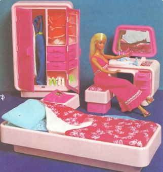 barbie's bedroom...I had this in my Barbie dream house
