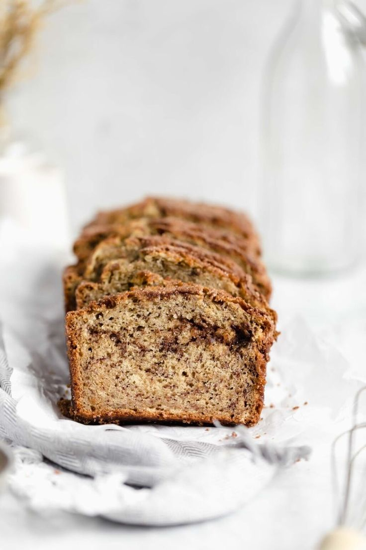 Snickerdoodle Banana Bread - Broma Bakery Cinnamon Banana Bread, Peanut Butter Banana Bread, Moist Banana Bread, Cinnamon Spice, Banana Bread Recipes, Broma Bakery, Cheese Appetizers, Cheap Meals, Kid Friendly Meals