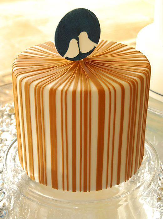 gateaux inc striped bird wedding cakeOrange Wedding, Birds Theme, Stripes Birds, Amazing Cake, Tiered Cake, Cake Decor, Wedding Cakes, Birds Cake, Gateaux Cake