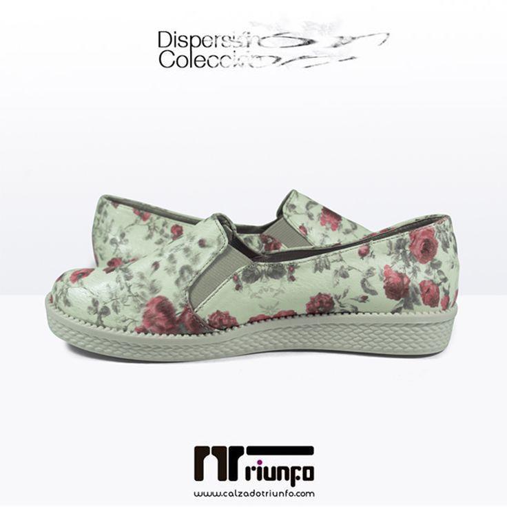 ¡Un estampado floral siempre se verá bien y lleno de vida! Dale un toque alegre a tu outfit con esta baleta estampada, además disfruta la comodidad que te ofrece al tener un corte alto y material suave además de resortes que se ajustan a tu empeine.  Compra online y recibe en tu casa --> http://goo.gl/mZuFSc #CoberturaNacional #EnviosinCosto #HechoaMano #fashion #shoes #flats #moda #zapatos