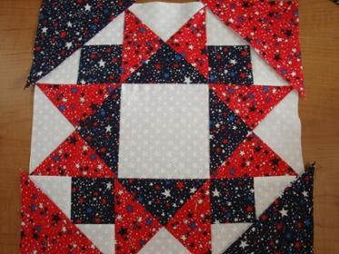 "PATRIOTIC 12 1/2"" STAR QUILT BLOCK"