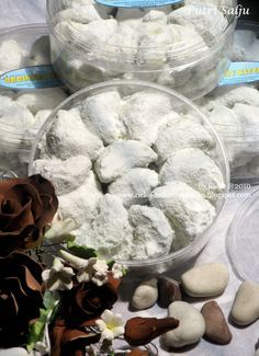 Just My Ordinary Kitchen...: KUE PUTRI SALJU (SNOW WHITE COOKIES)