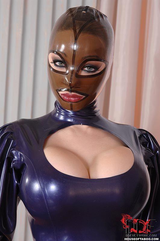 real latex mask few mins